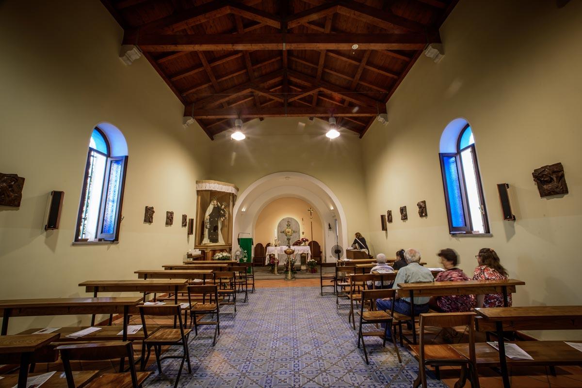 interno chiesa carmine